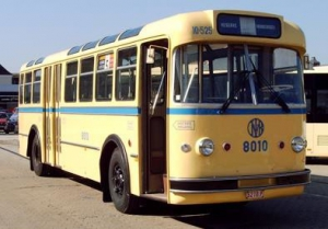 Ragheno-fabriek-bus